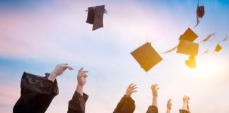 Diplômes L'équivalence des diplômes entre la France et les Pays-Bas EXPATIS